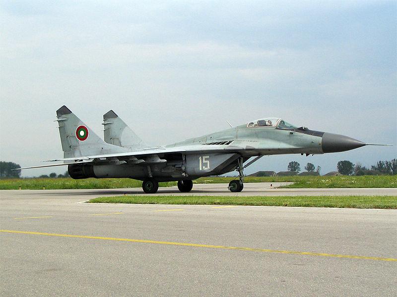 AL VIA LA GARA PER I CACCIA BULGARI: EFA ED F-16 IN SALDO - Il governo bulgaro ha approvato il 1 luglio l'avvio di negoziati per l'acquisto di aerei militari.