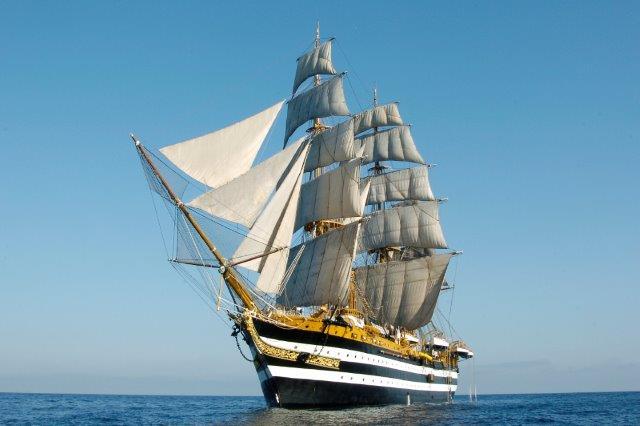 Torna ad Ancona nel fine settimana la nave scuola Amerigo Vespucci