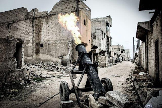 Le truppe di Bashar al Assad recuperano posizioni ad Aleppo