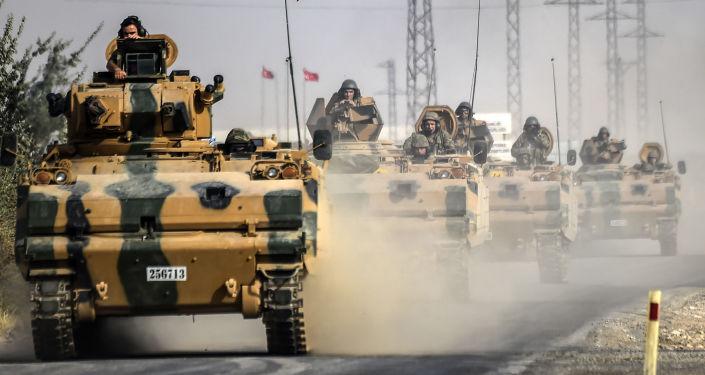 Siria: Ankara, curdi Ypg compiono pulizia etnica