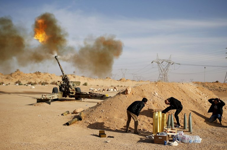 Libia: Haftar riprende controllo di 2 porti petroliferi