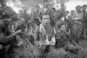 wounded-south-vietnamese-forces-after-fierce-fighting-with-viet-cong-at-cheo-reo-vietnam-on-july-7-1965