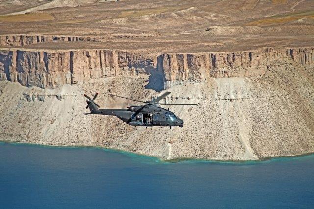 02-lNH-90-in-volo-vrso-Kabul