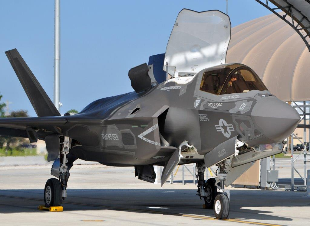 200th_F-35_AB_combined_sortie_Maj_Rountree_in_cockpit_after_land_24_Aug_20121