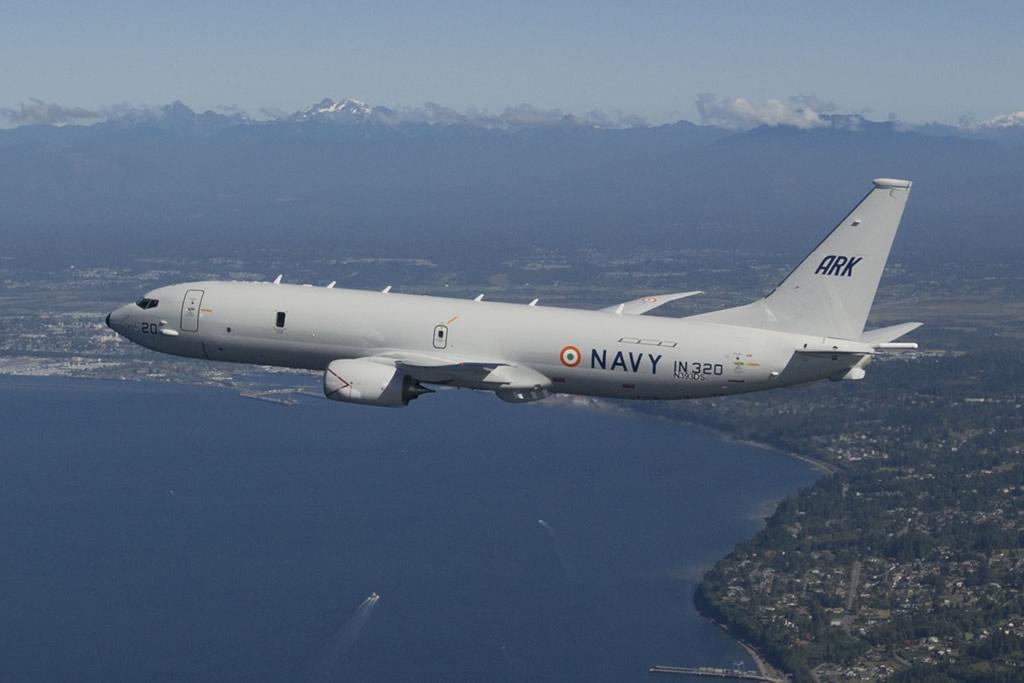 AIR_P-8i_1st_Flight_Overwater_2011-09-28_Boeing_lg