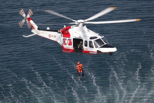 AW139_Guardia-Costiera1
