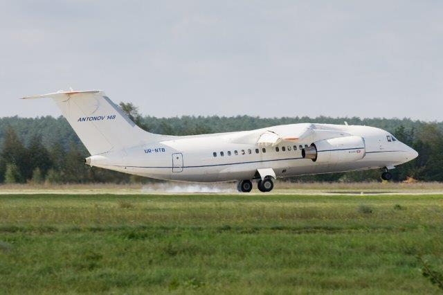 Antonov_An-148