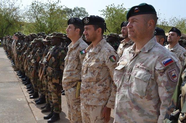EUTM-Mali-Cerimonia-finale-addestraemnto-quarto-battaglione