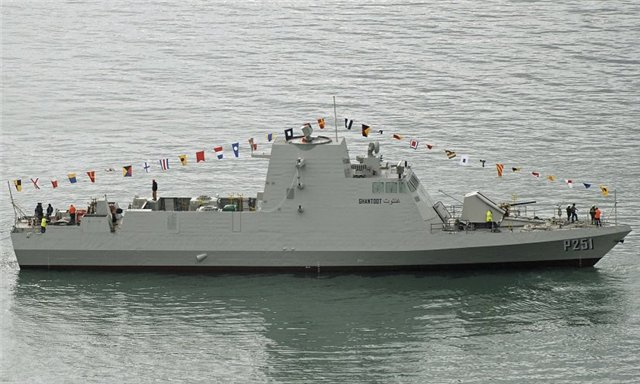 Fincantieri-Falaj_2_Ganthoot_UAE_Navy