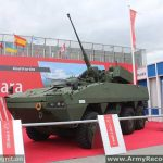 Hitfist_turret_OTO_Melara_on_Rosomak_8x8_armoured_at_MSPO_2013_defense_exhibition_Kielce_Poland_001