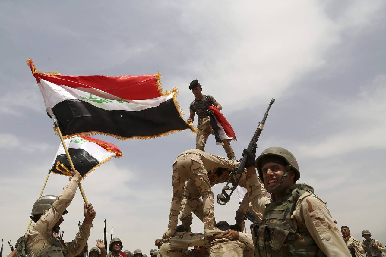 Iraqi-Army-Photo-Khalid-Mohammed-Associated-