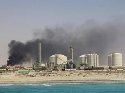 Libyan_oil_refinery_400x300