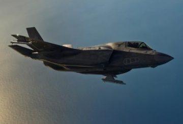 Lo_Res_ASRAAM_on_JSF_copyright_Lockheed_Martin