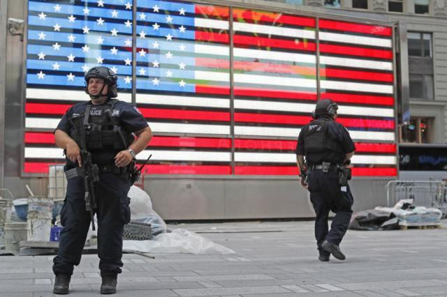 Manhattan-Explosion-Security-640x426