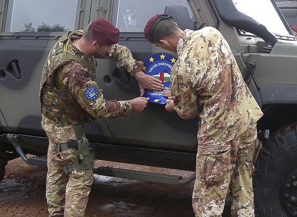 Militari-italiani-ue