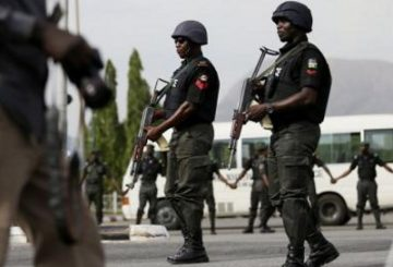 Nigerian_police_400x300