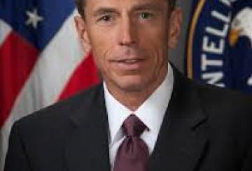 Petraeus-quando-era-a-capo-della-CIA.