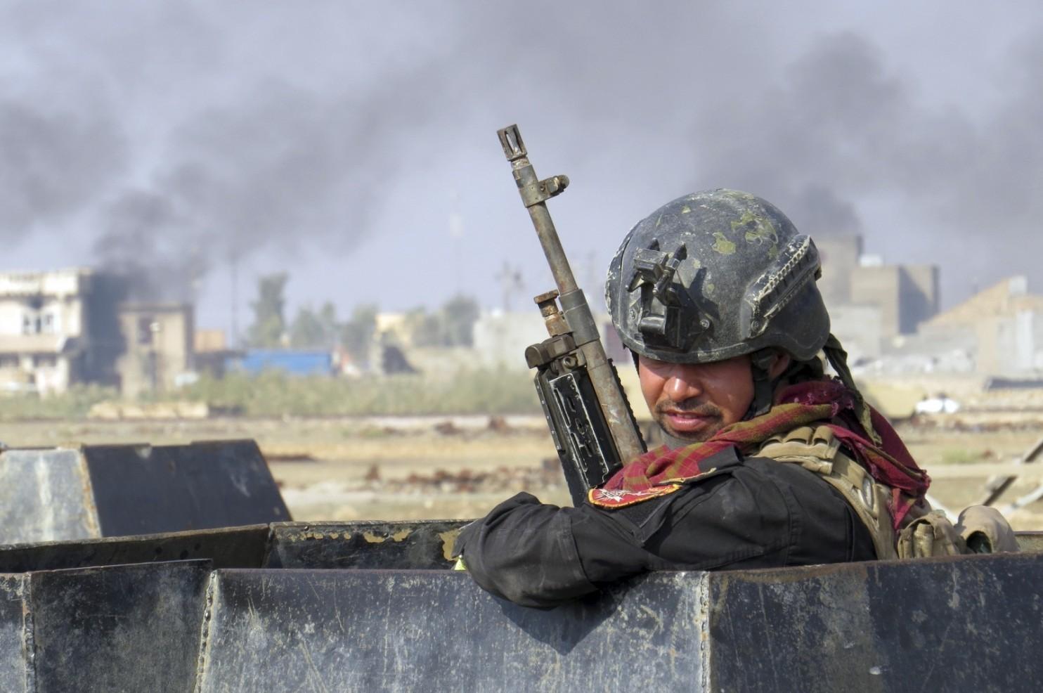 Soldato-iracheno-a-Ramadi-AP