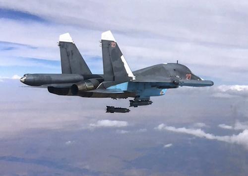Su-34-Foto-Min-Difesa-Eusso1