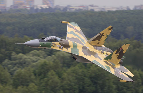 Sukhoi-35-volo-a-bassa-quota-10_07_08_14