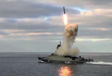 Uglich_Buyan-M_Corvette_3M-54_Kalibr_anti-ship_missile_Russian_Navy1