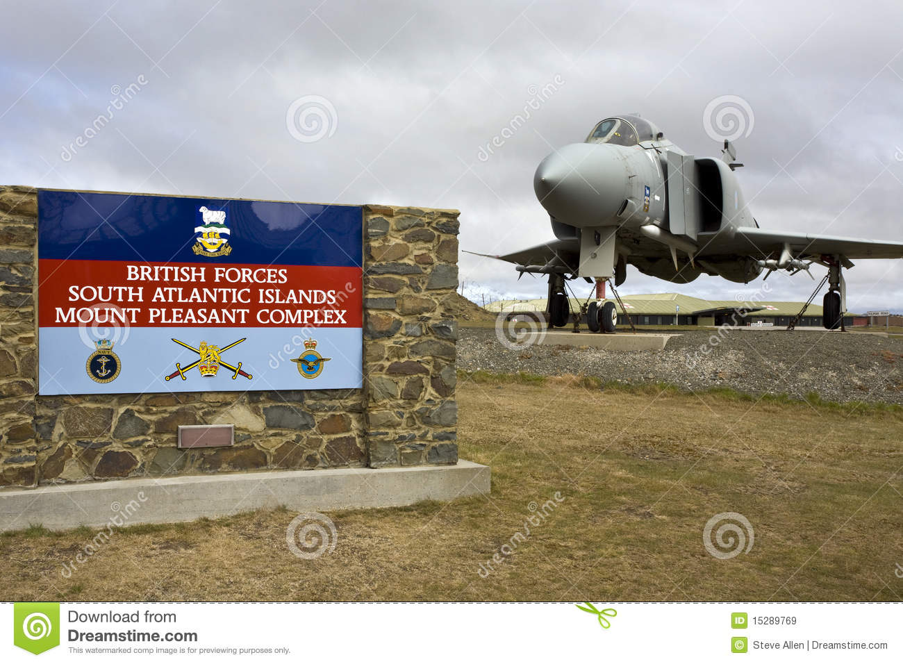 mount-pleasant-airbase-falkland-islands-15289769