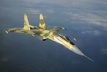 Sukhoi-35-in-volo-13_11_08_14_sm