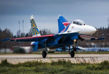 Russian_Knights_Sukhoi_Su-30SM_Alexandr Shukhov