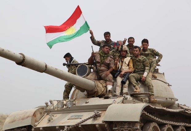 AFP Peshmerga outside Kirkuk)
