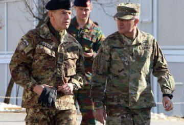 il-generale-Fungo-a-sinistra