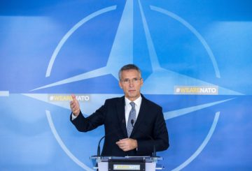 epa06315456 NATO Secretary General Jens Stoltenberg gives a press conference ahead of the first day of NATO Defense Ministers council at alliance headquarters, in Brussels, Belgium, 08 November 2017. Nato defense ministers gathered a two days meeting. EPA-EFE/STEPHANIE LECOCQ