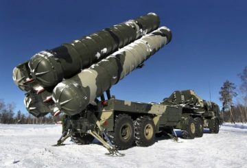 China_and_Russia_sign_agreement_on_S_400_Triumf_air_defense_missile_systems_delivery_640_001
