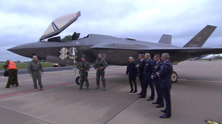 F-35-Lightning-II-J-002-Netherlands-Air-Force-014-777x437