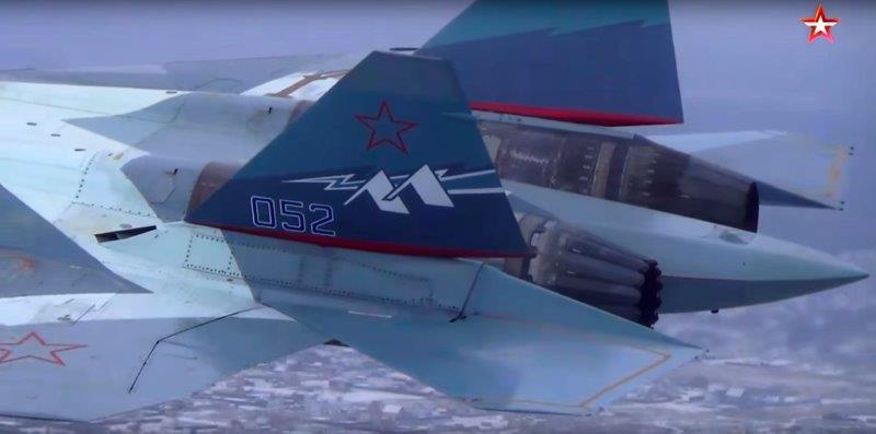 Su-57_Zvezda (002)