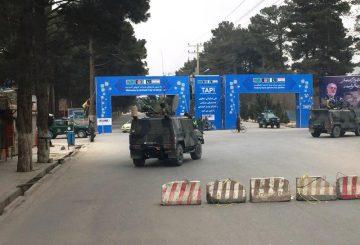 Cornice di sicurezza dei militari italiani durante l'incontro della delegazione NATO con il Presidente Ghani_ (002)