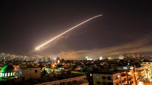 Ragioni politiche più che etiche dietro al blitz in Siria