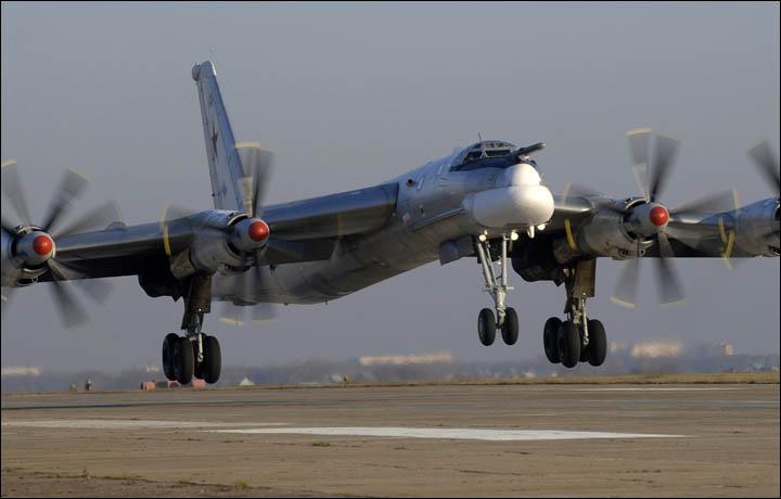 2_Tu-95MS_siberianTimes.com (002)