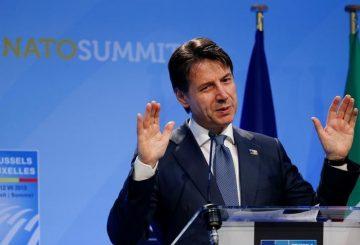 Conte: Italia non aumenterà spesa militare per Nato. REUTERS/Darrin Zammit Lupi