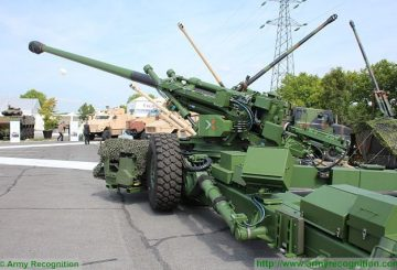Trajan_155mm_52_caliber_towed_gun_artillery_system_Nexter_France_French_defense_industry_military_equipment_005