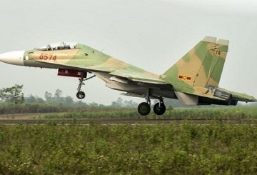 Vietnam_takes_delivery_of_two_more_Su_30MK2_multi_role_fighter_jets_640_001