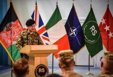 9. Un momento della cerimonia intervento del Generale di Corpo d'Armata Salvatore Camporeale (002)