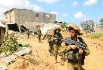 Israeli-soliders-on-patrol-searching-for-tunnels-in-Gaza-Photo-IDF-Spokesperson-Unit