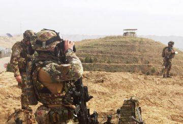Militari-italiani-in-osservazione-durante-il-PTAA-a-Qalha-ye-Now-002