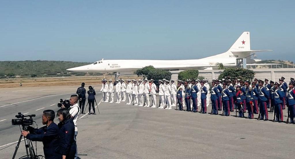 La missione dei bombardieri strategici russi Tu-160 in Venezuela