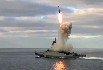 Uglich_Buyan-M_Corvette_3M-54_Kalibr_anti-ship_missile_Russian_Navy