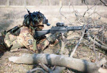 Un soldato impegnato nella Eagle Light III (002)