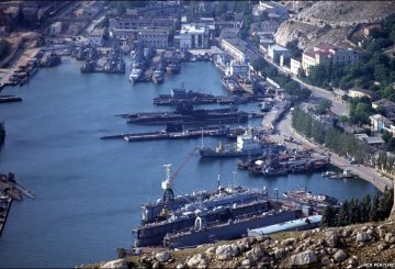 Black_Sea_Fleet_in_Sevastopol_-_EDM_September_6__2013