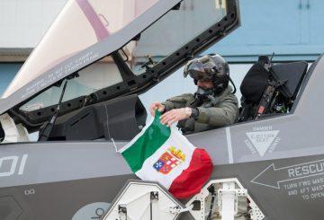 F-35B-BL-1-002-360x245
