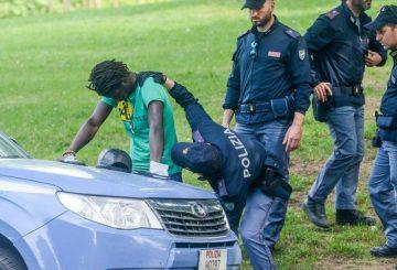 aggressione-torino-immigrato-irregolare-polizia-sbotta