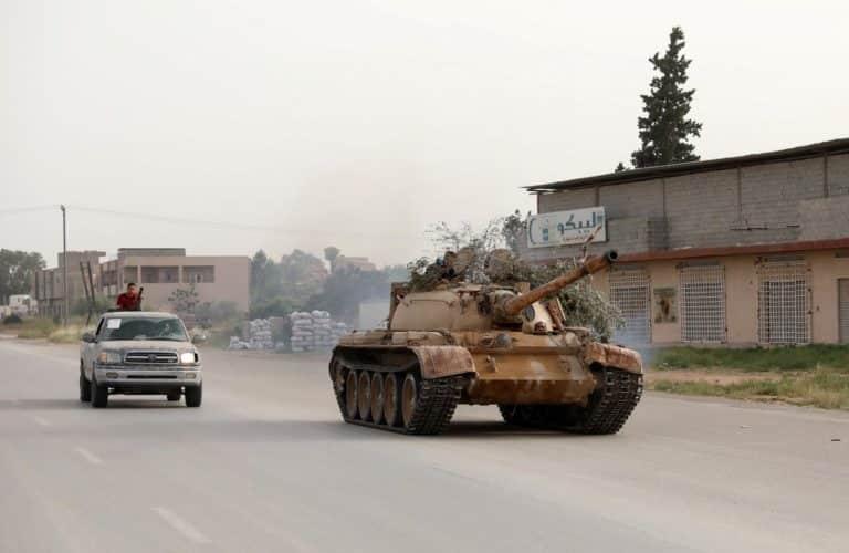 libya_govt_tank_reuters